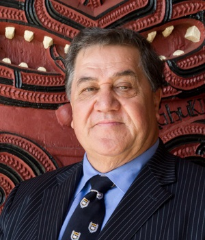 Distinguished Professor Graeme Hingangaroa Smith.